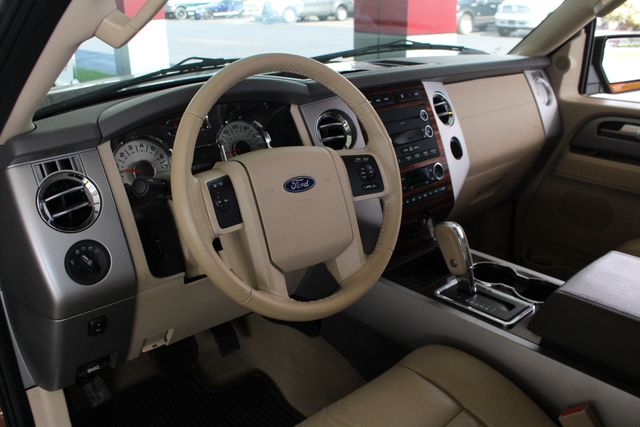 2012 Ford Expedition XLT PREMIUM EDITION RWD - DUAL DVDS - SUNROOF! Mooresville , NC 31