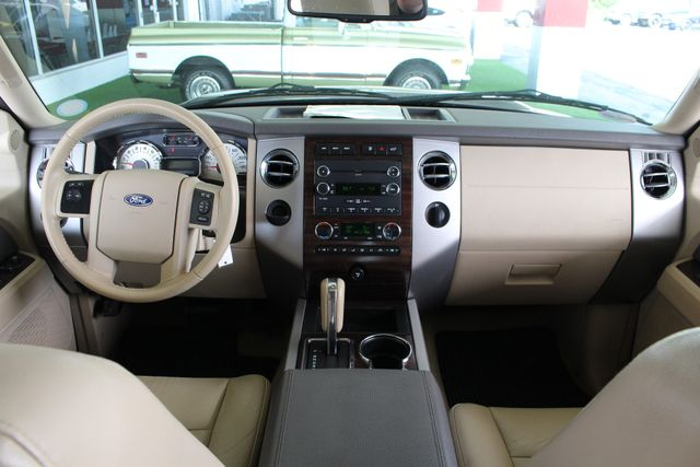 2012 Ford Expedition XLT PREMIUM EDITION RWD - DUAL DVDS - SUNROOF! Mooresville , NC 30