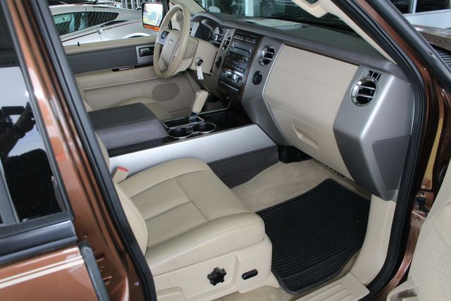 2012 Ford Expedition XLT PREMIUM EDITION RWD - DUAL DVDS - SUNROOF! Mooresville , NC 32