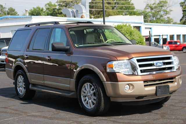 2012 Ford Expedition XLT PREMIUM EDITION RWD - DUAL DVDS - SUNROOF! Mooresville , NC 25