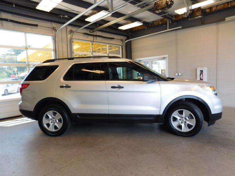2012 Ford Explorer Base  city TN  Doug Justus Auto Center Inc  in Airport Motor Mile ( Metro Knoxville ), TN