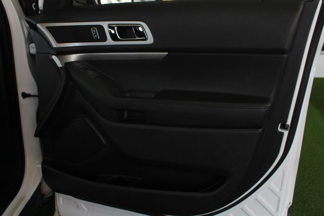 2012 Ford Explorer XLT 4x4 - LEATHER INTERIOR - SYNC W/ BLUETOOTH! Mooresville , NC 40