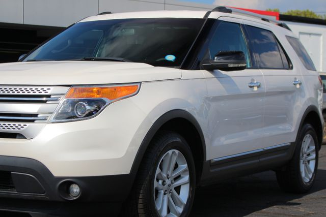 2012 Ford Explorer XLT 4x4 - LEATHER INTERIOR - SYNC W/ BLUETOOTH! Mooresville , NC 24