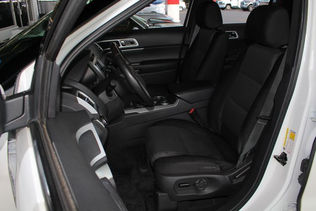 2012 Ford Explorer XLT 4x4 - LEATHER INTERIOR - SYNC W/ BLUETOOTH! Mooresville , NC 6