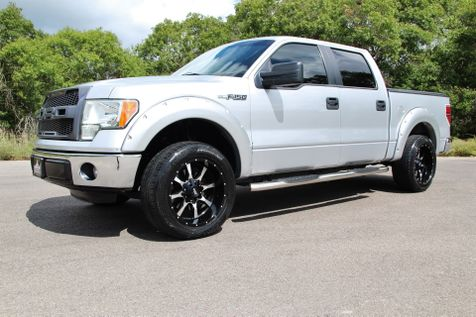 2012 Ford F-150 XLT in Liberty Hill , TX