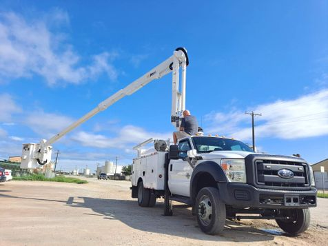 2012 Ford F-550 43' ALTEC INSULATED 2WD ARTICULATING & TELESCOPIC BUCKET TRUCK  in Fort Worth, TX