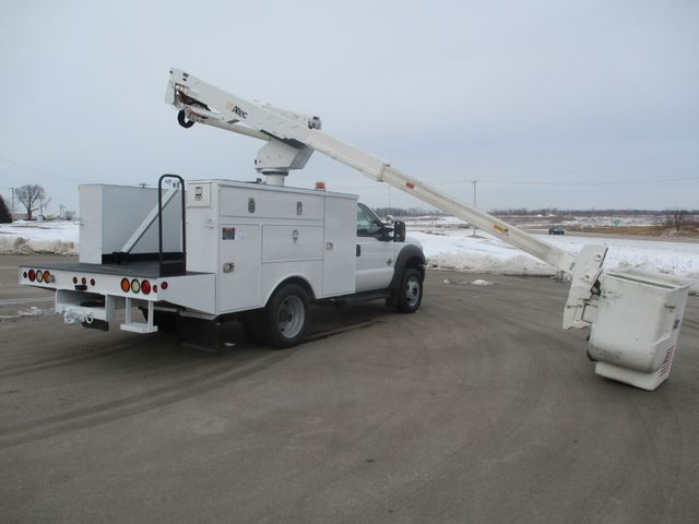 2012 Ford F-550 BUCKET BOOM TRUCK Lake In The Hills, IL 33