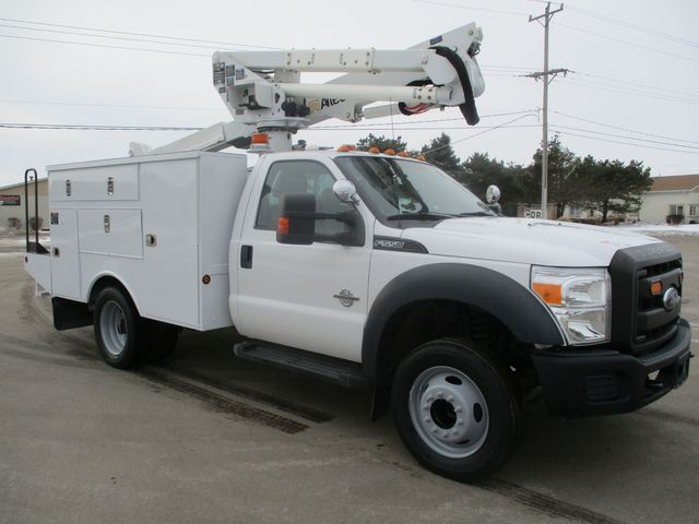 2012 Ford F-550 BUCKET BOOM TRUCK Lake In The Hills, IL