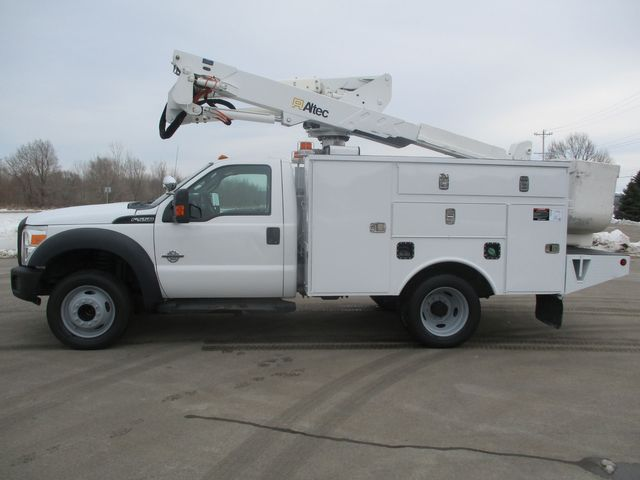 2012 Ford F-550 BUCKET BOOM TRUCK Lake In The Hills, IL 4