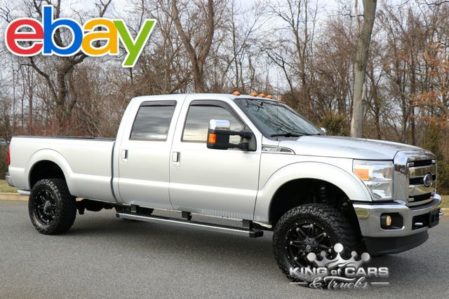 2012 Ford F350 Crew Cab Lariat 6.2L V8 LOW MILES LIFTED 4X4 MINT LOOK