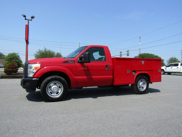 2012 Ford F350 Regular Cab Utility 2wd with Lift Gate