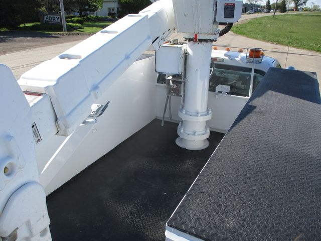 2012 Ford F550 BUCKET TRUCK Lake In The Hills, IL 12