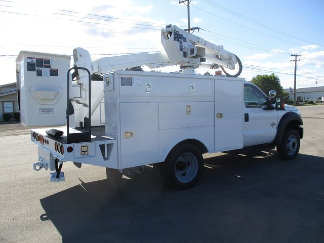 2012 Ford F550 BUCKET TRUCK Lake In The Hills, IL 4