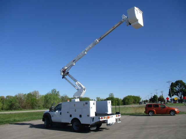 2012 Ford F550 BUCKET TRUCK Lake In The Hills, IL 40