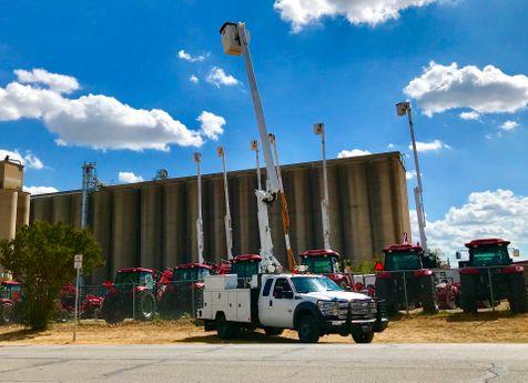 2012 Ford F550 SUPERCAB BUCKET TRUCK XL in Fort Worth, TX