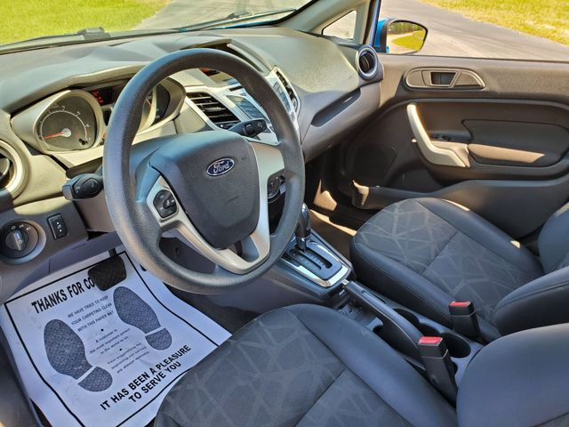 2012 Ford Fiesta SE in Hope Mills, NC 28348
