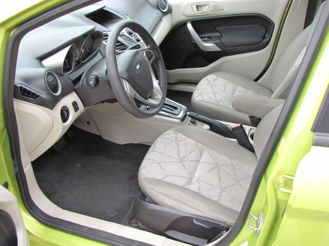 2012 Ford Fiesta SE in Medina OHIO, 44256