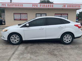 2012 Ford Focus SE in Devine, Texas 78016