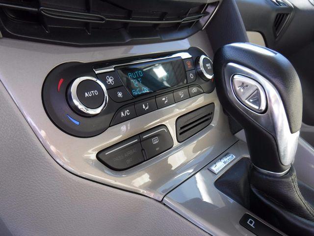 2012 Ford Focus SEL Hatchback in Gower Missouri, 64454