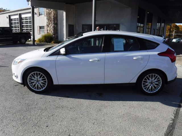 2012 Ford Focus SEL in Gower Missouri, 64454