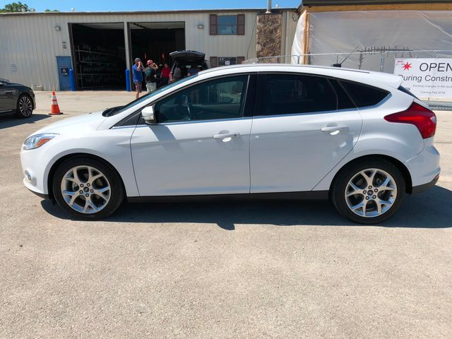 2012 Ford Focus SEL Hatchback in Gower Missouri, 64454