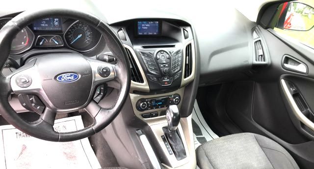 2012 Ford-Showroom Condition! 38 Mpg! Focus-AUTO! CARMARTSOUTH.COM SEL-BUY HERE PAY HERE! Knoxville, Tennessee 9