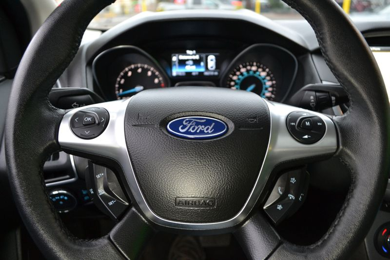 2012 Ford Focus Titanium  city New  Father  Son Auto Corp   in Lynbrook, New