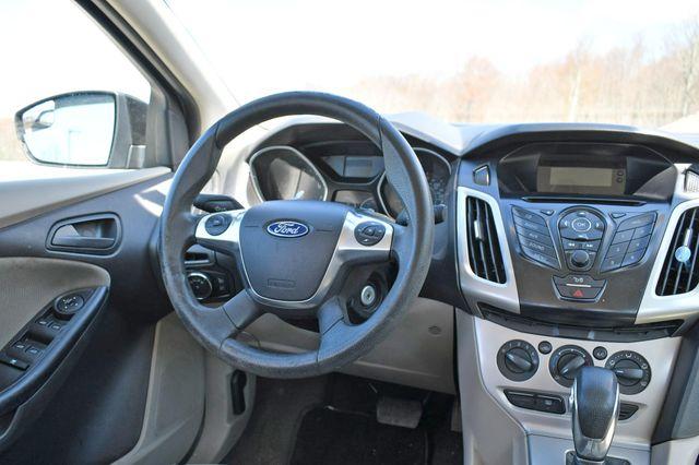 2012 Ford Focus SE Naugatuck, Connecticut 10
