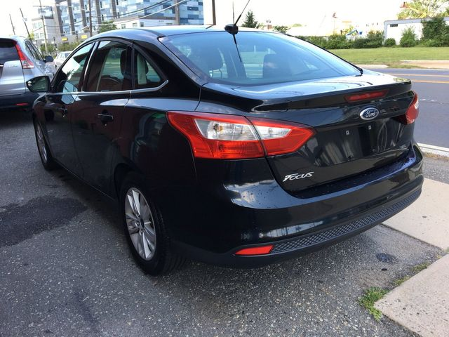 2012 Ford Focus SEL New Brunswick, New Jersey 4