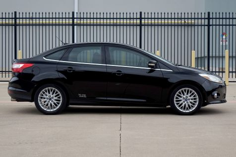 2012 Ford Focus SEL* FWD* Leather* EZ Finance** | Plano, TX | Carrick's Autos in Plano, TX