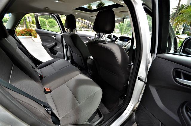 2012 Ford Focus SEL in Reseda, CA, CA 91335