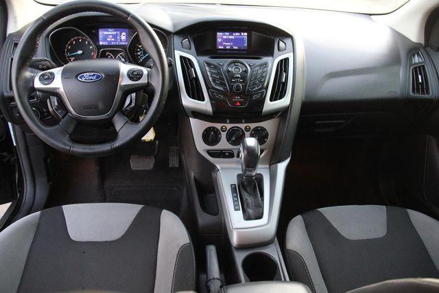 2012 Ford Focus SE Santa Clarita, CA 9