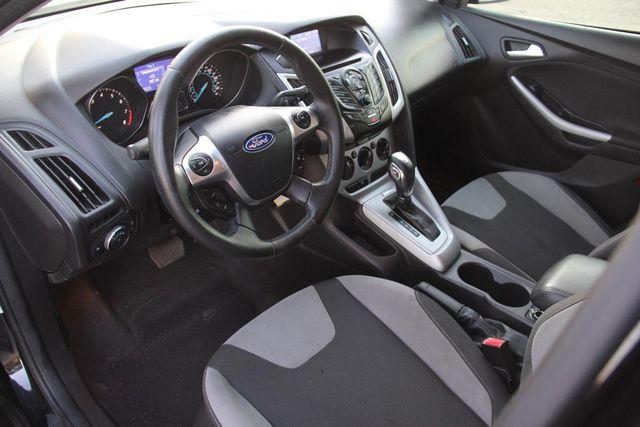 2012 Ford Focus SE Santa Clarita, CA 10