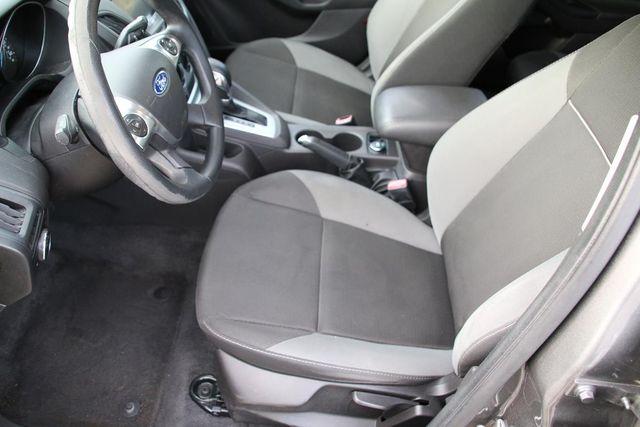 2012 Ford Focus SE Santa Clarita, CA 13