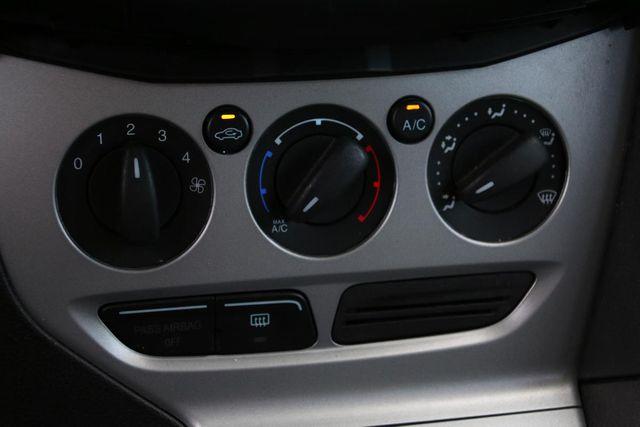 2012 Ford Focus SE Santa Clarita, CA 22