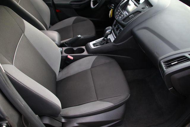 2012 Ford Focus SE Santa Clarita, CA 14