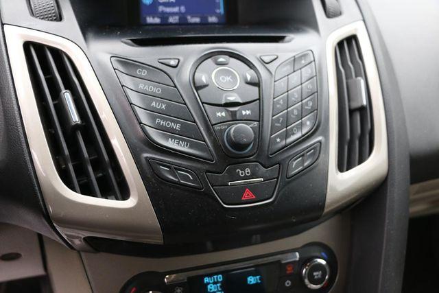 2012 Ford Focus SEL Santa Clarita, CA 19