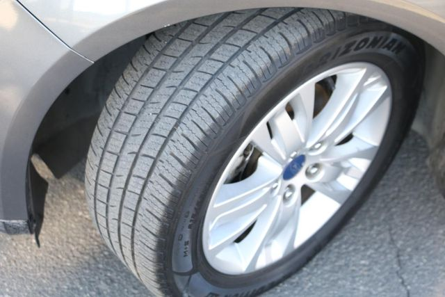 2012 Ford Focus SEL Santa Clarita, CA 29