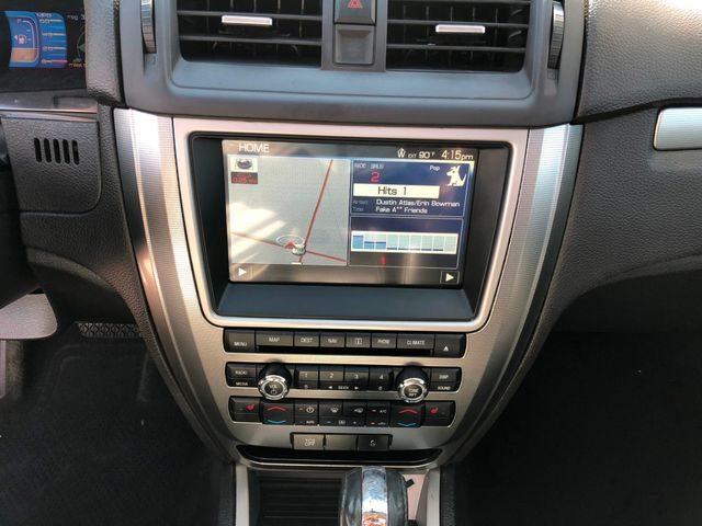 2012 Ford Fusion Hybrid in Gower Missouri, 64454
