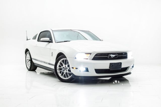 2012 Ford Mustang V6 Premium Pony Package in Carrollton, TX 75006