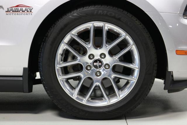 2012 Ford Mustang V6 Premium Merrillville, Indiana 42