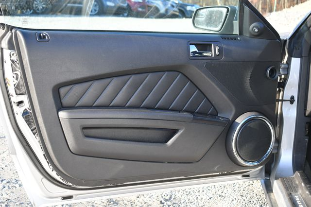 2012 Ford Mustang V6 Premium Naugatuck, Connecticut 12