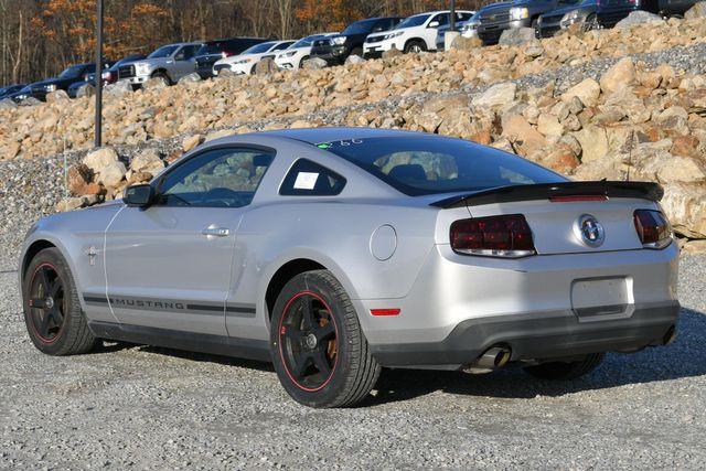 2012 Ford Mustang V6 Premium Naugatuck, Connecticut 2