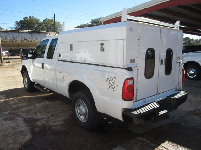 2012 Ford Super Duty F-250 Ext Cab 4x4 XL Houston, Mississippi 3