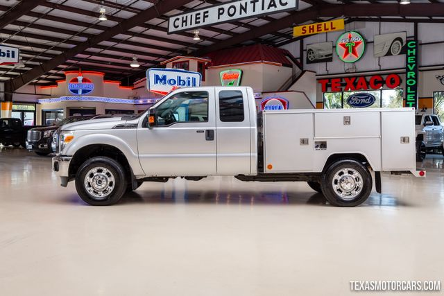 2012 Ford Super Duty F-250 Pickup XLT 4X4 Work Truck in Addison, Texas 75001