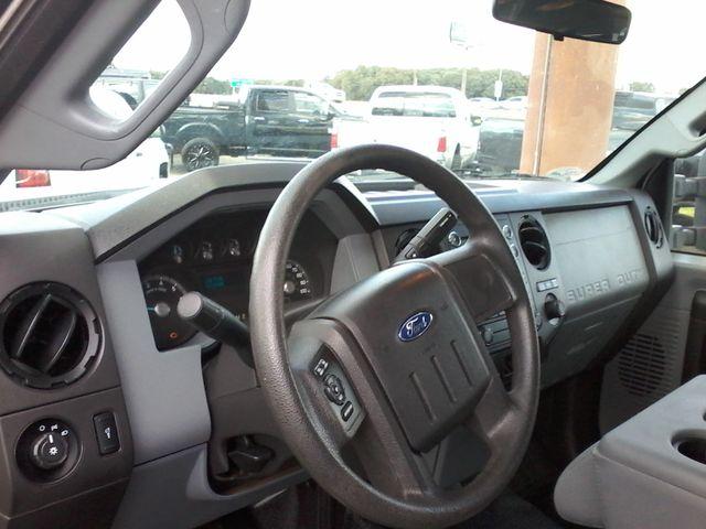 2012 Ford Super Duty F-250 Pickup XL 4X4 Boerne, Texas 18