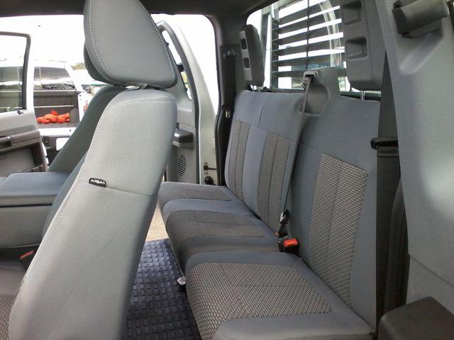 2012 Ford Super Duty F-250 Pickup XL 4X4 Boerne, Texas 13