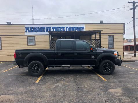2012 Ford Super Duty F-250 Pickup XLT | Pleasanton, TX | Pleasanton Truck Company in Pleasanton, TX