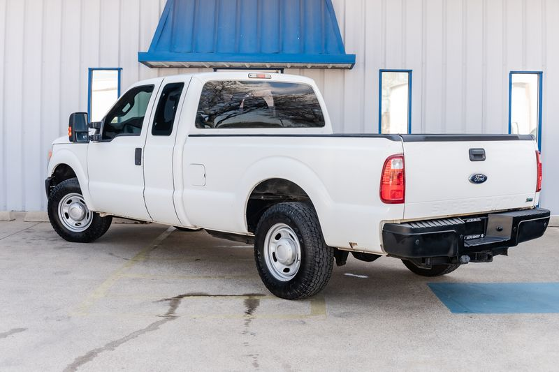 2012 Ford F-250 Pickup SUPER DUTY XL 6.2L V8 AUTO TRANS TOWING PACKAGE in Rowlett, Texas