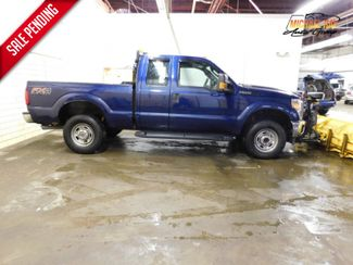 2012 Ford Super Duty F-250 SRW 4WD SuperCab 142 XL in Cleveland , OH 44111